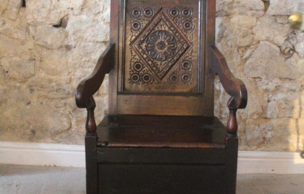 17th Century Period Oak Box Chair